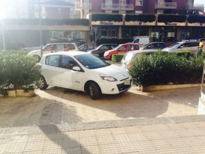 auto_marciapiede